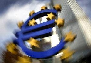 Евро на межбанке продолжает дешеветь