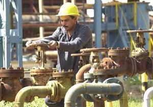 Мировые цены на нефть выросли из-за сокращения запасов в США