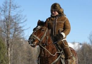 Фотогалерея: Путин в Сибири. Унты, лошади и чай на морозе