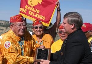 Говорящие с ветром: скончался один из навахо, шифровавших сообщения армии США во время Второй мировой войны