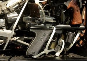 В Венесуэле запретили свободную продажу и хранение оружия