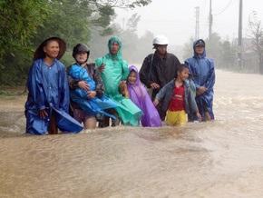 Жертвами тайфуна Кетсана во Вьетнаме стали 74 человека