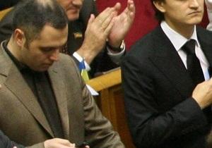 Портнов: Тимошенко не нуждается в услугах комбината Украина