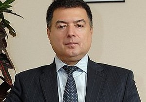 Янукович назначил судьей КС одного из фигурантов пленок Мельниченко
