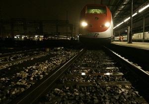 Во Франции контролеры не вышли на работу, требуя защитить их от пассажиров