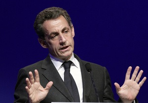 Саркози призвал Францию выбрать себе защитника