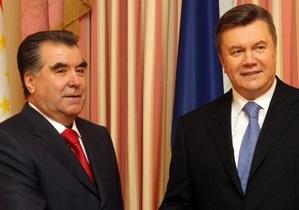Президент Таджикистана договорился о производстве днепропетровских тракторов в Душанбе