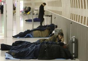 В Париже возникла угроза обрушения крыши аэропорта: из терминала вывели две тысячи человек