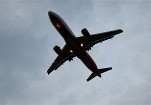 Пассажирский самолет совершил экстренную посадку в аэропорту Белфаста (обновлено)