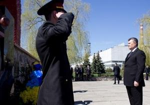Янукович одобрил допуск в Украину иностранных военных