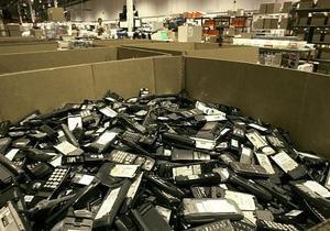 Количество абонентов сотовой связи в Украине продолжает расти