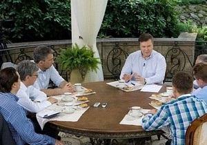 В Администрации Януковича заверяют, что закон о судебном сборе не несет угрозы независимости СМИ