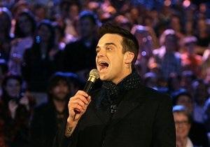 Сборник хитов Робби Уильямса возглавил рейтинг продаж в Великобритании