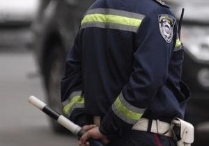 В Харьковской области Opel врезался в дерево: двое погибших. Водитель скрылся с места ДТП
