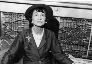Сегодня исполняется 130 лет со дня рождения Коко Шанель
