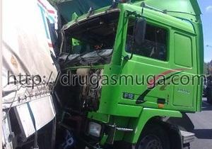 В Киеве произошло ДТП с участием восьми автомобилей