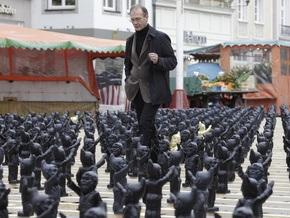 Фотогалерея: Парад гномов-нацистов