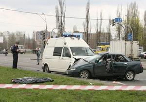 Янукович соболезнует родственникам погибшего в ДТП во время проезда президентского кортежа