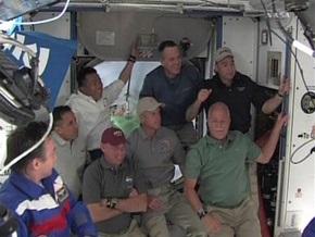 Обама позвонил астронавтам МКС
