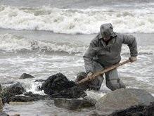 На Тузле остаются 10 тысяч тонн смешанного с песком мазута
