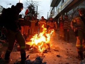 В Афинах полиция разогнала демонстрацию пожарных