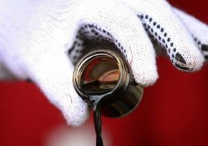 Ъ: Украина отменит пошлины на импорт нефтепродуктов