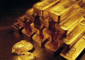 Нацбанк потерял более $200 млн из-за мирового обвала цен на золото