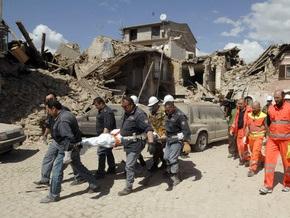 СМИ: Число жертв землетрясений в Италии приблизилось к сотне
