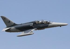 Недалеко от Праги разбился военный самолет