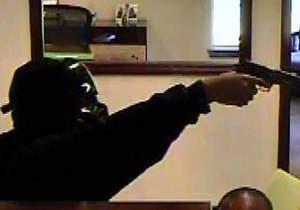 Американец пришел грабить банк в костюме Дарта Вейдера