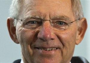 Министр финансов Германии уверен, что еврозону удастся стабилизировать в течение 12 месяцев