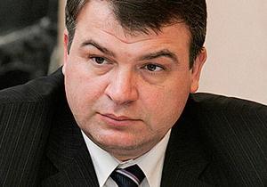 Экс-министр обороны РФ Сердюков отказался отвечать на вопросы следователей