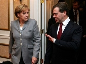 Источник: Медведев и Меркель обсудят декларацию Украины и ЕС по ГТС