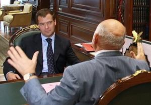 Кремль: Вопрос о продлении полномочий мэра Москвы решит президент, а не Лужков