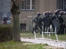 На протестующих сербов бросили украинских миротворцев