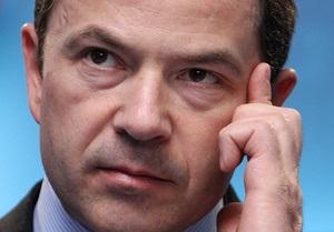 Тигипко заявил, что оснований для девальвации гривны нет