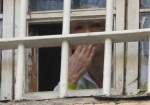 МК: Лежачую Тимошенко боятся еще больше?