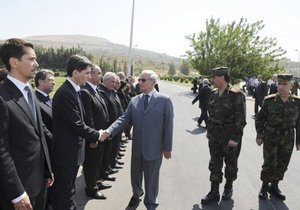 Власти Сирии опровергли сообщения о бегстве вице-президента