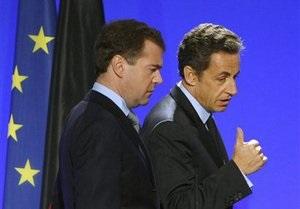 Саркози спрогнозировал безвизовый режим между ЕС и Россией через 10-15 лет
