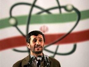Ахмадинеджад: Иран не нуждается в ядерном оружии