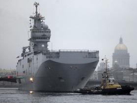Франция предлагает РФ два вертолетоносца. Россияне хотят один