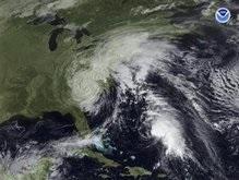 Ураган Кайл движется в направлении США и Канады