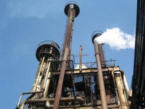 Жертвами пожара на химзаводе в Ереване стали три человека, огонь локализован