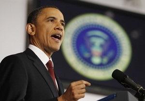 Обама попросил ведомства сэкономить на кружках и футболках