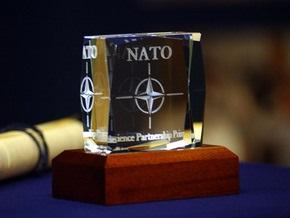НАТО: Россия не может повлиять на решение Альянса по Украине