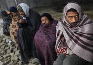 Жертвами рекордных холодов в Индии стали 400 человек