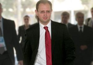 Объединенный список оппозиции может возглавить Яценюк