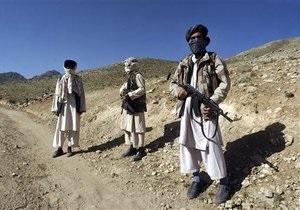 В Афганистане при попытке взорвать админздания убиты пять боевиков-смертников