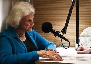91-летняя бабушка правит радиоэфиром - видео