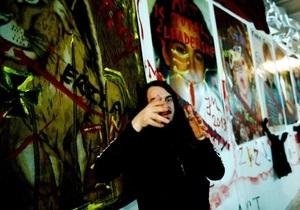 Германия: суд оправдал зигующего художника